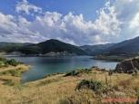 Řecko, přehrada u Ydroussa