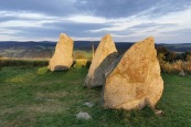 menhiry v Říčkách aneb Orlickohorské Stonehenge