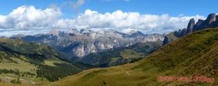 výhled z Passo Sella