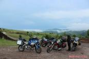 Racoş - výprava k sopečnému kráteru, čedičovým sloupům a smaragdovému jezeru...